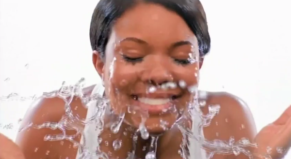 "img alt="" gabrielle union, washing face, dark skin"""